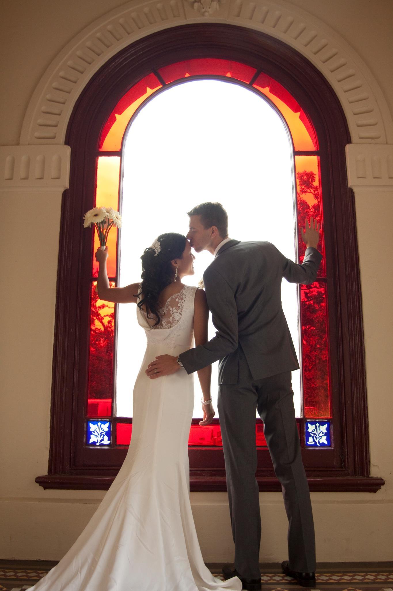 Claudia Savage - Simple wedding gown