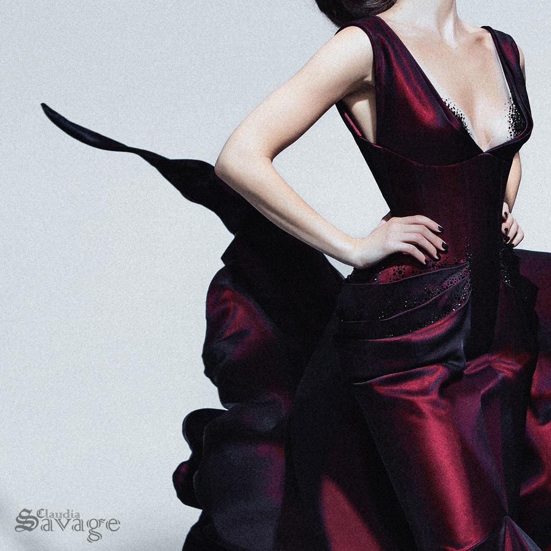 CLAUDIA_SAVAGE_Natalie_Hutton_6_red dress_insta1.jpg
