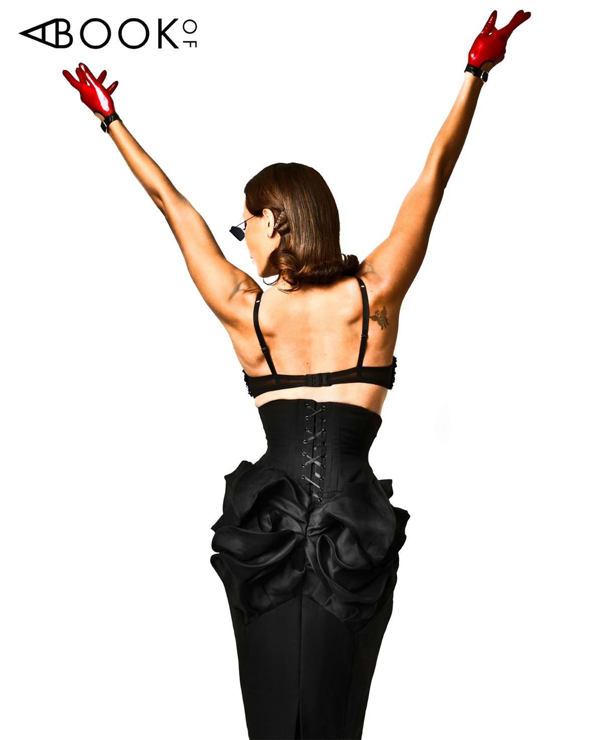 ABO LESLEY-ANN BRANDT_Claudia Savage_Back.jpg