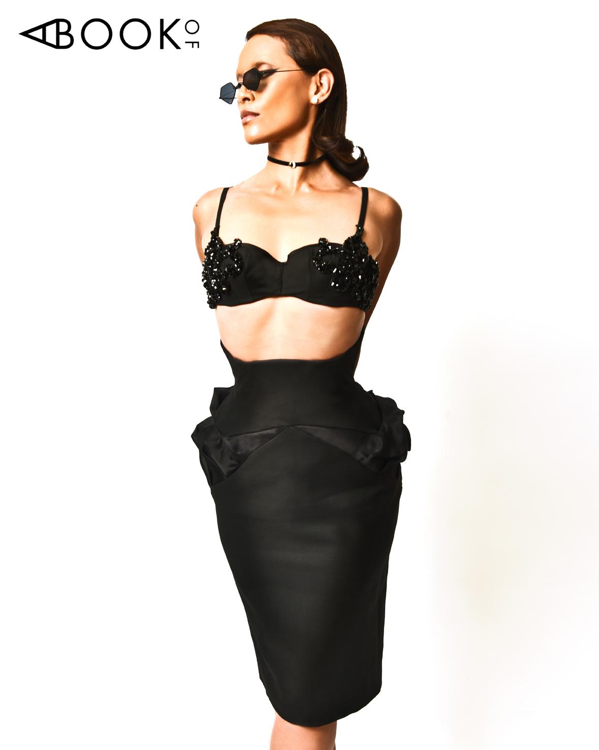 ABO LESLEY-ANN BRANDT_Claudia Savage_corset.jpg