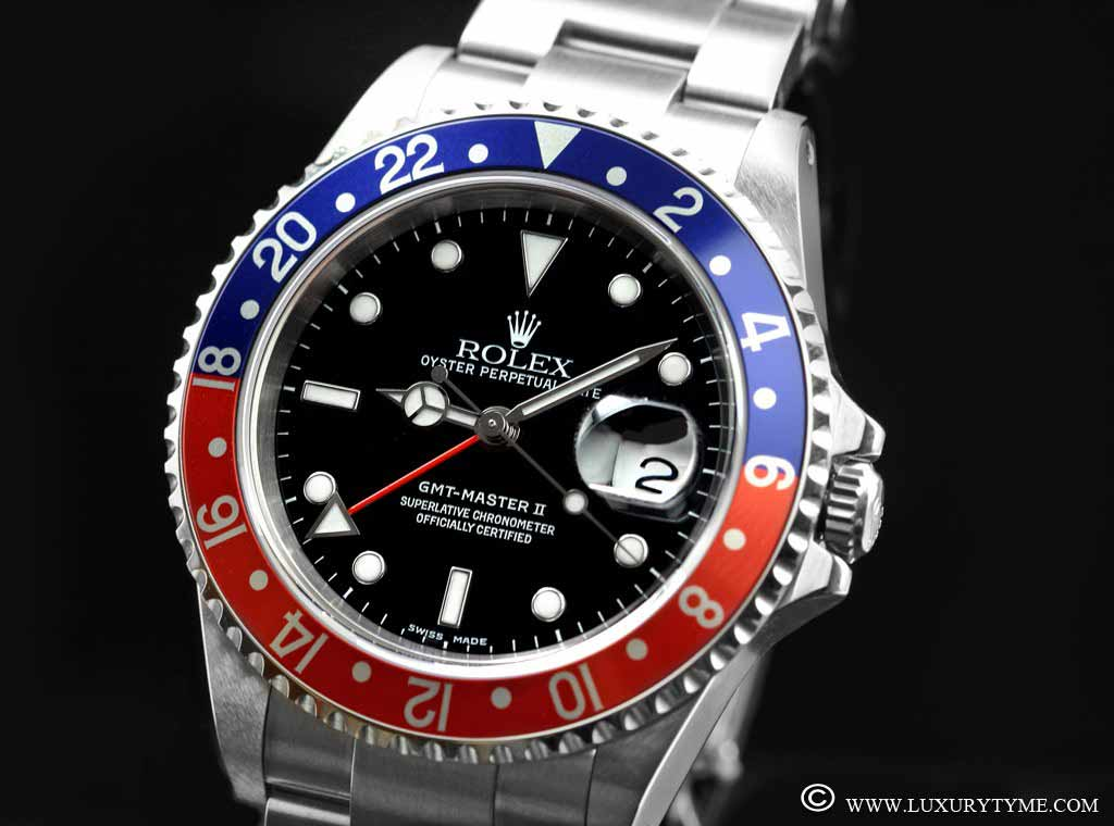 The Rolex GMT-Master Photo credit: www.luxurytyme.com