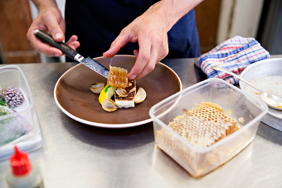 Plating Perfection: Tom lets the honeycomb straight from the hive steal the show.   Photo credit: Lottie Hedley