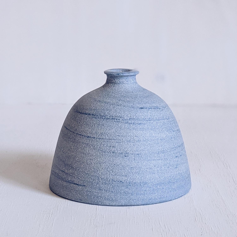 swirl vase.jpg