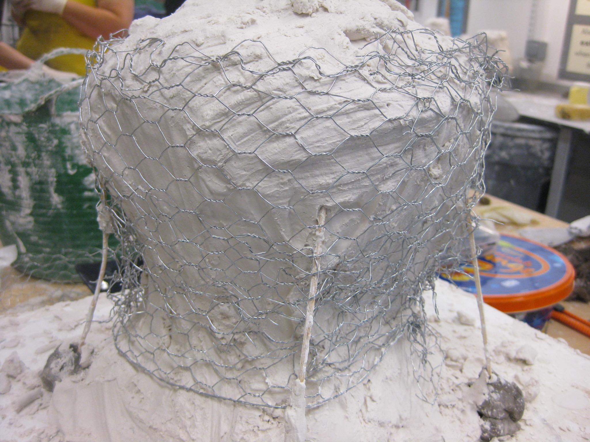 Making of refractory mould