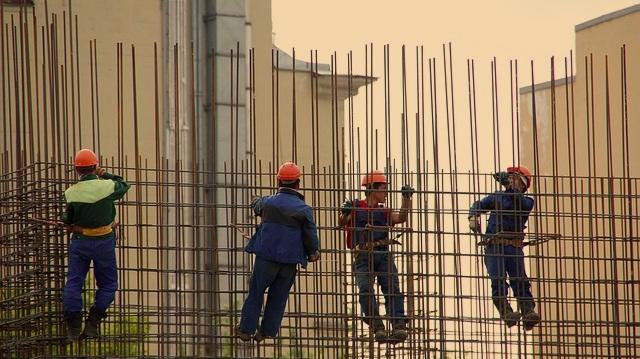 steelworkers-1029665_640.jpg