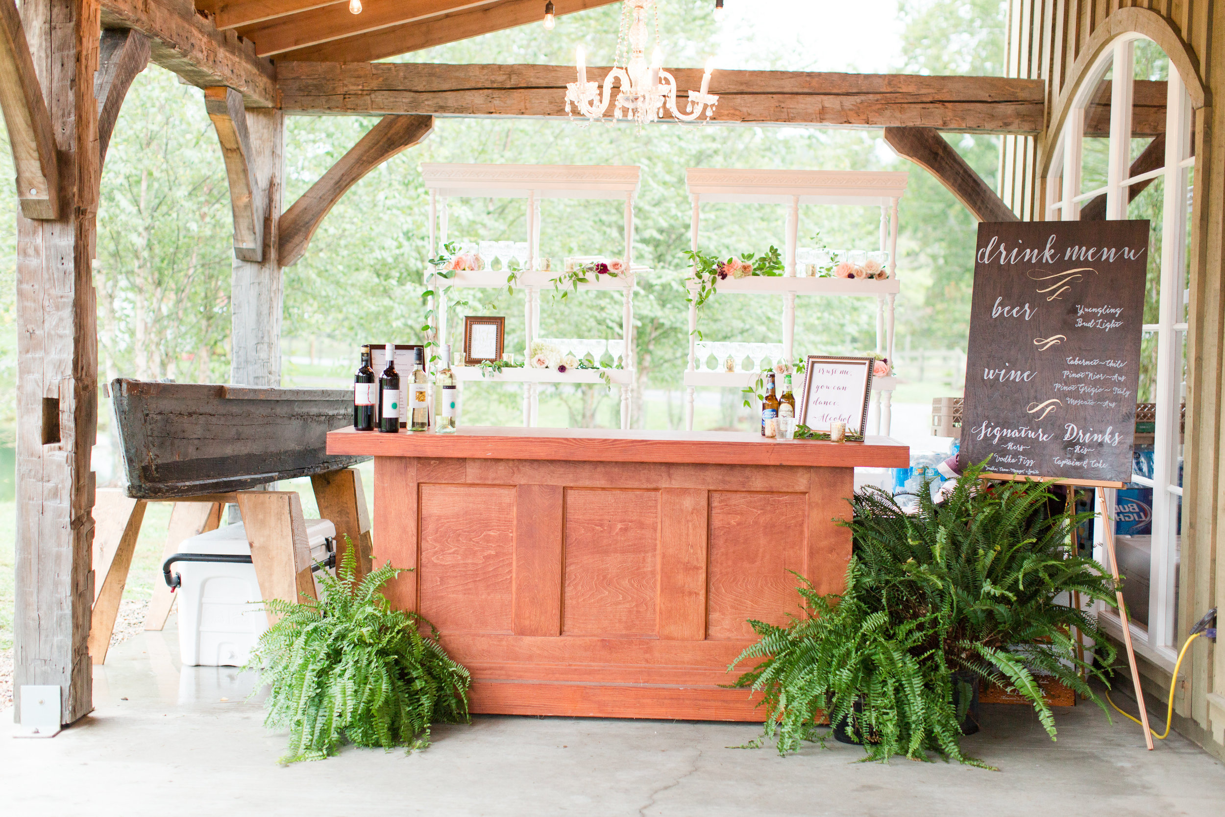 rustic wedding bar and seating chart