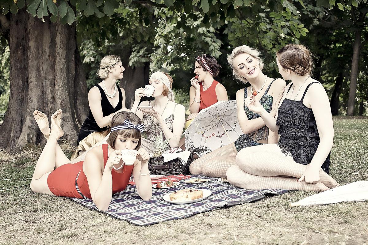 flapper-picnic.jpg