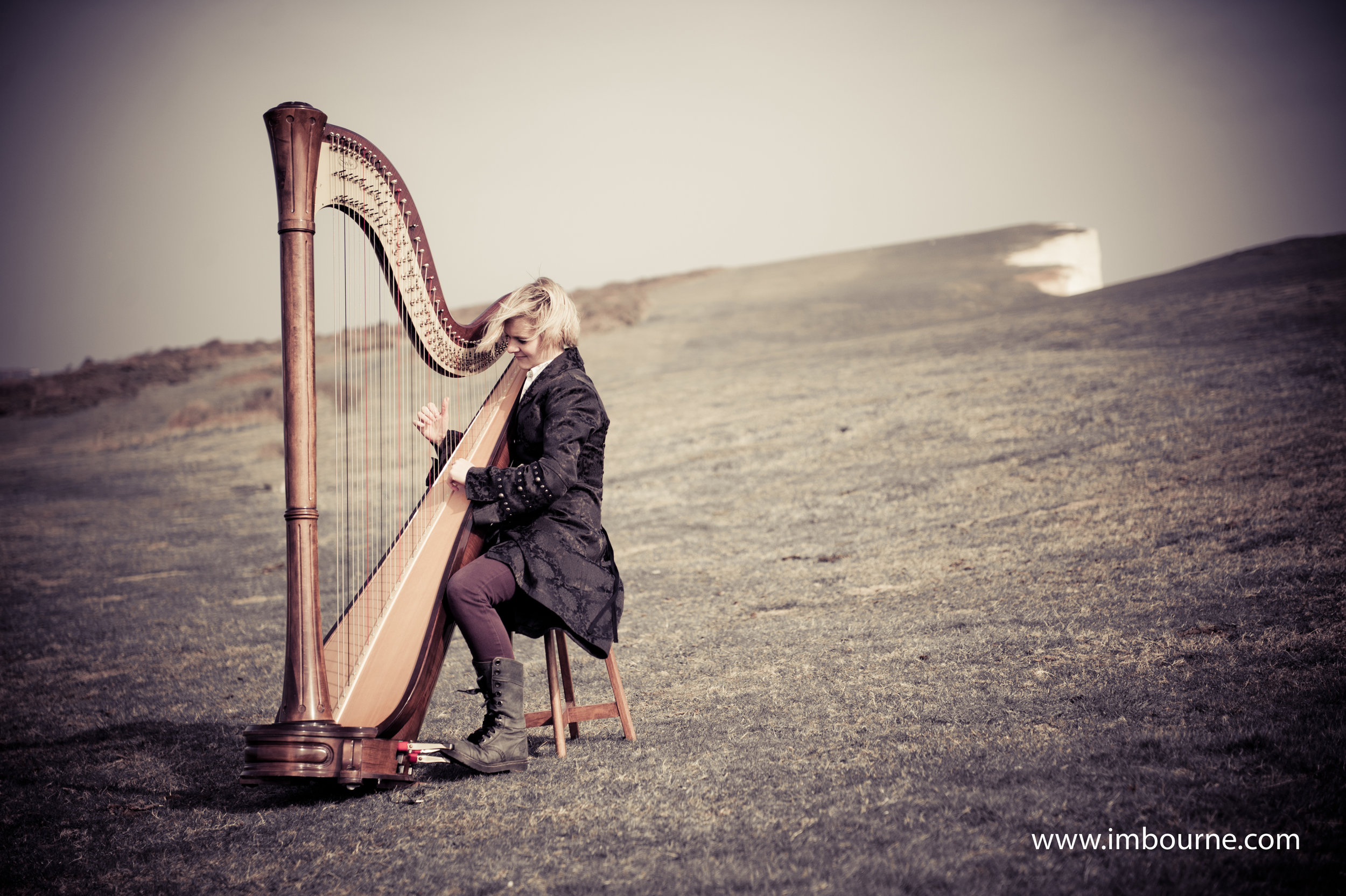 Alex, our Classical Harpist plays a selection of classical and modern music for live music bookings