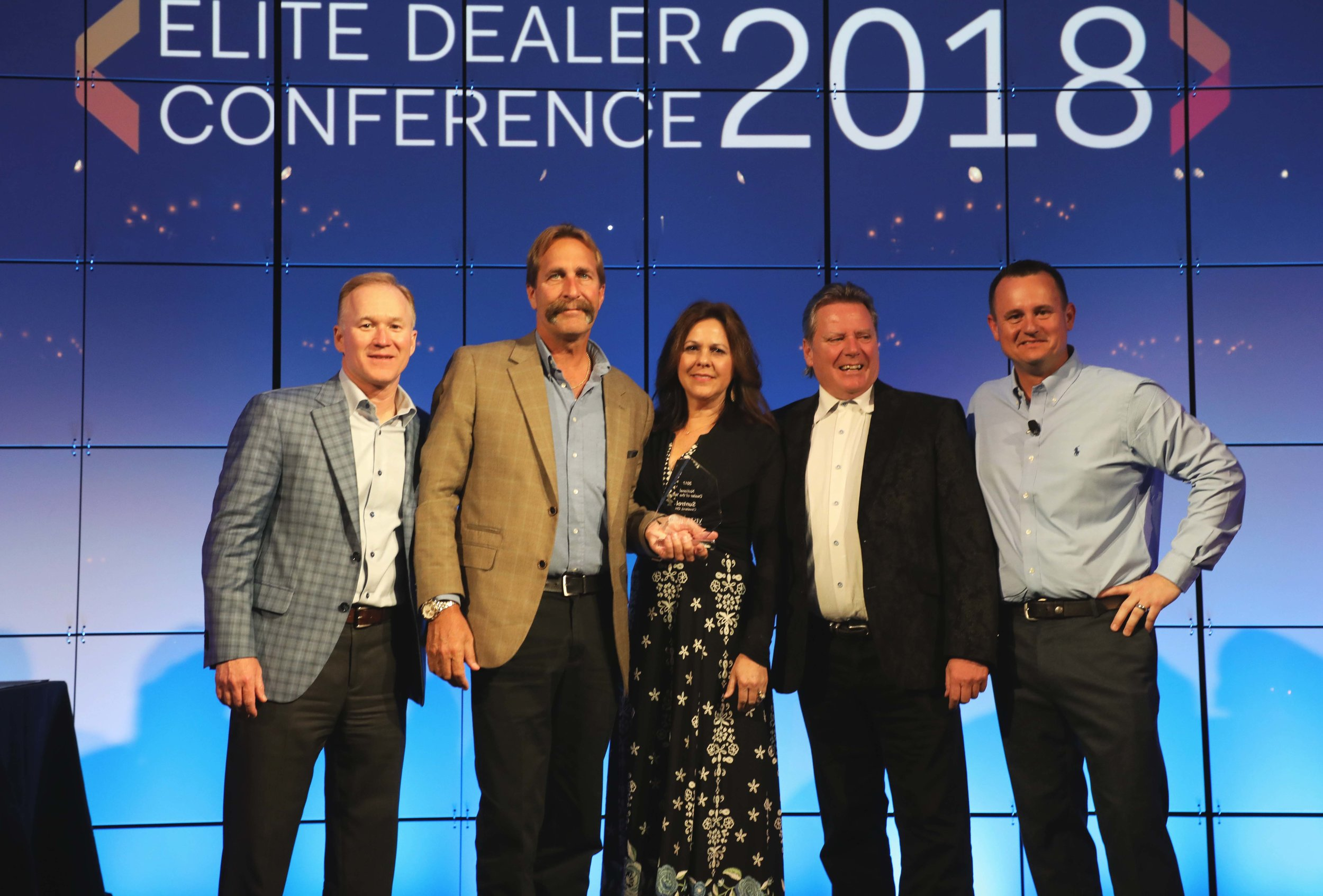 SUNTROL EARNS EASTMAN'S COVETED NATIONAL DEALER OF THE YEAR AWARD (2017)
