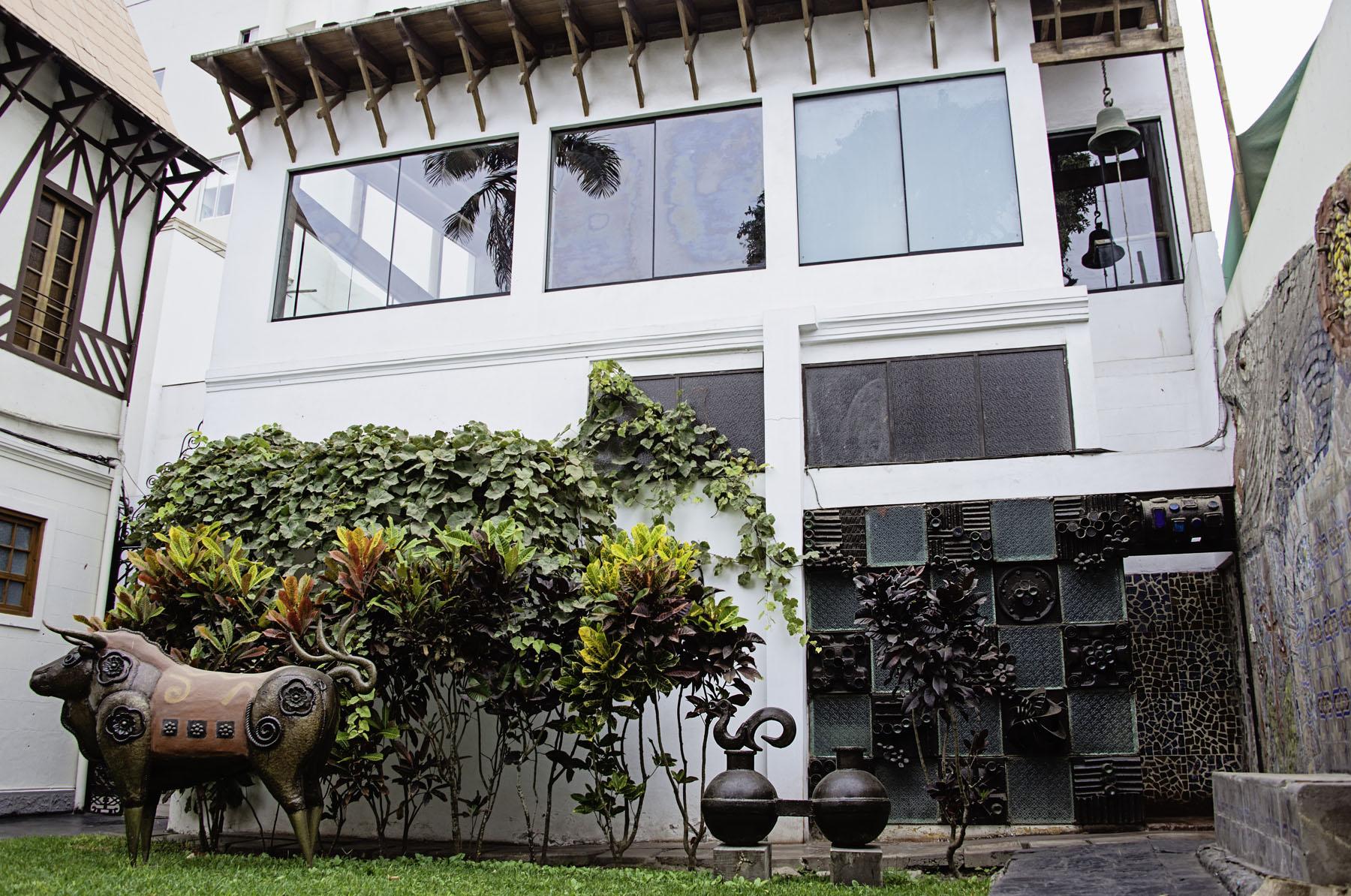Courtyard at Second Home Peru
