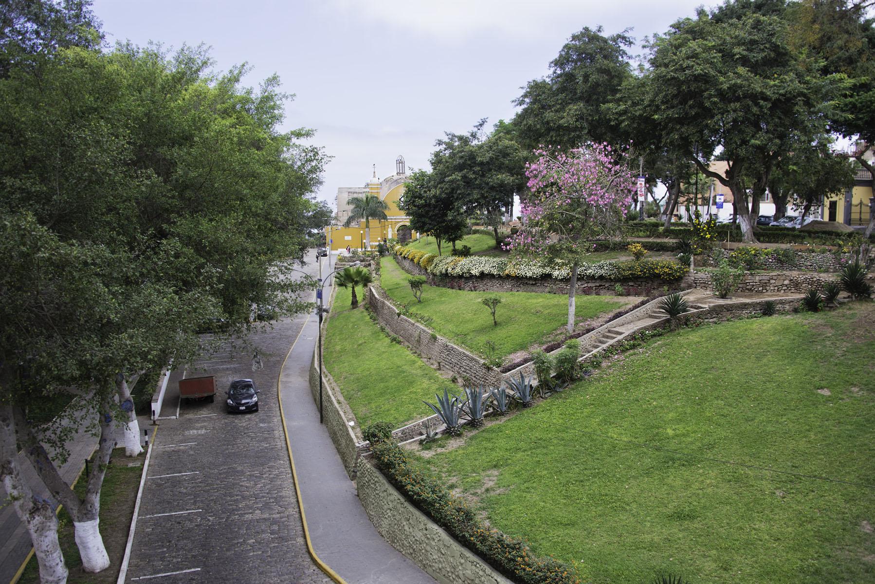 Park in Barranco Lima