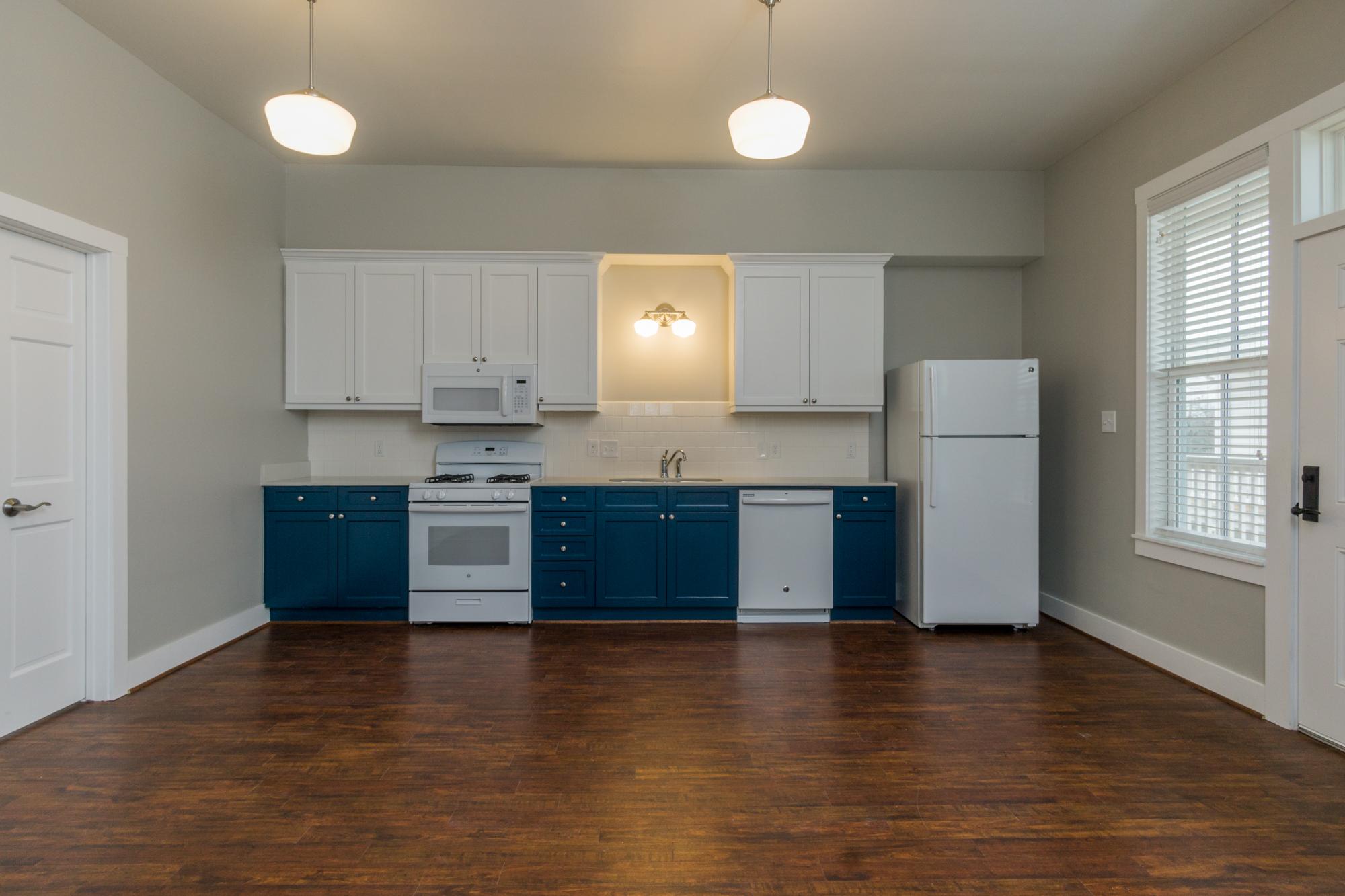 03 kitchen straight.jpg