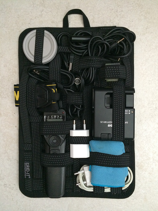 Grid-It organiser that fits into the front pouch on the Tilopa BC.