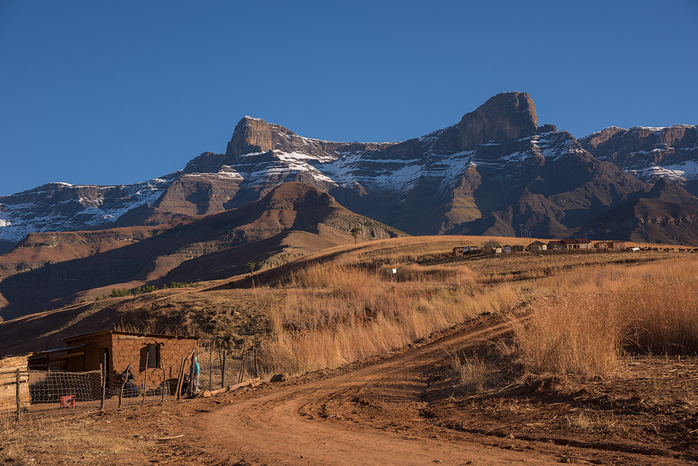 Afternoon high up in the Mnweni, alongside the Thonyalana River. The Saddle are the two main peaks in the background.