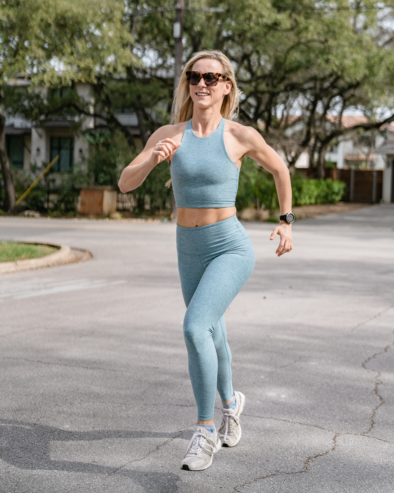 An Extra 25% off Sale Carbon38 Athleisure with Code: SUMMERFOLLY
