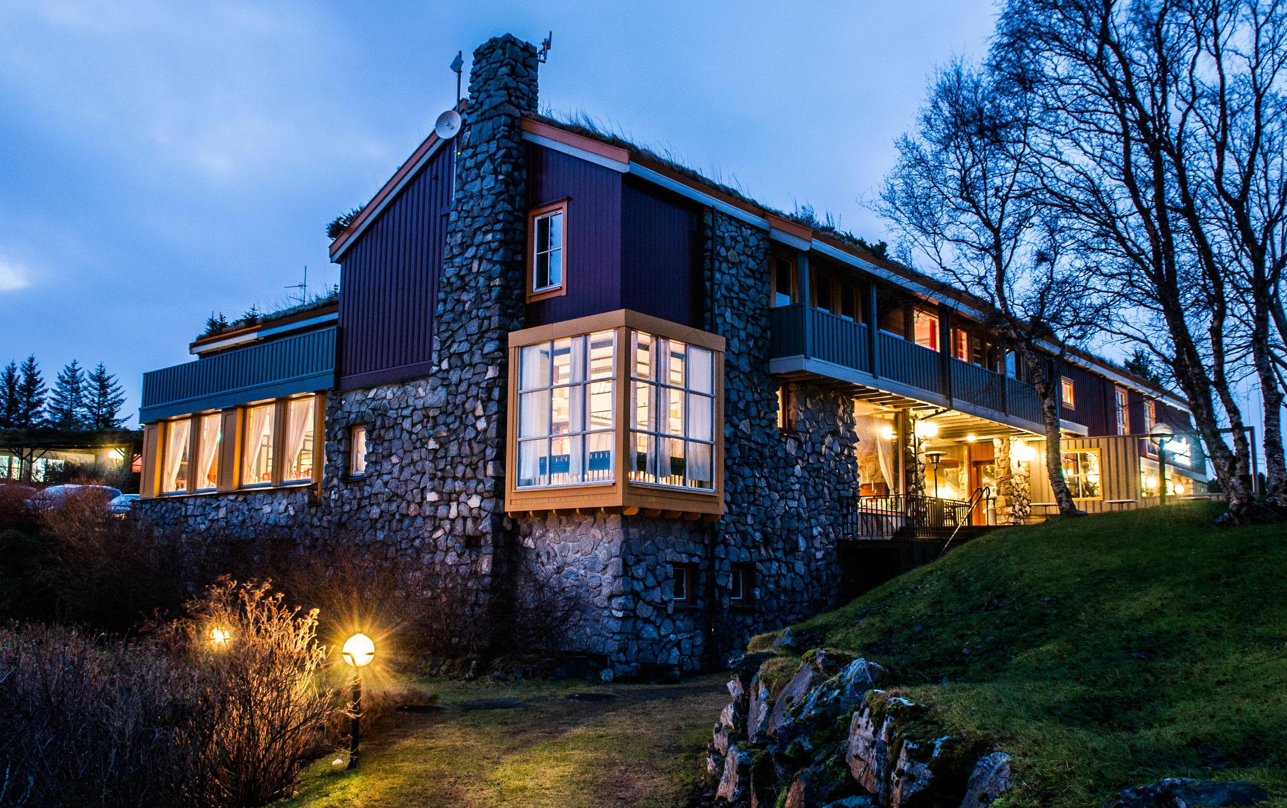 fasade natt-1297.jpg