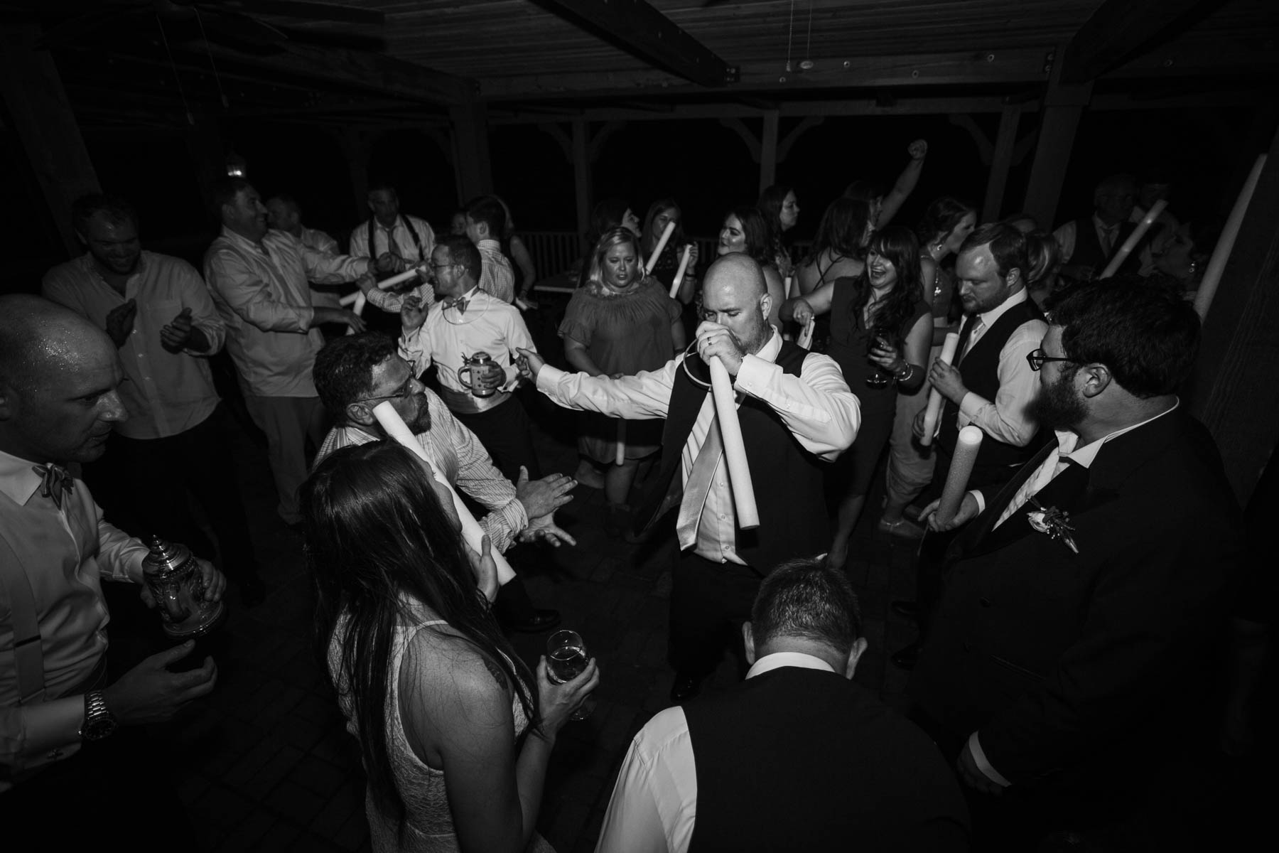 candid-wedding-photos.jpg