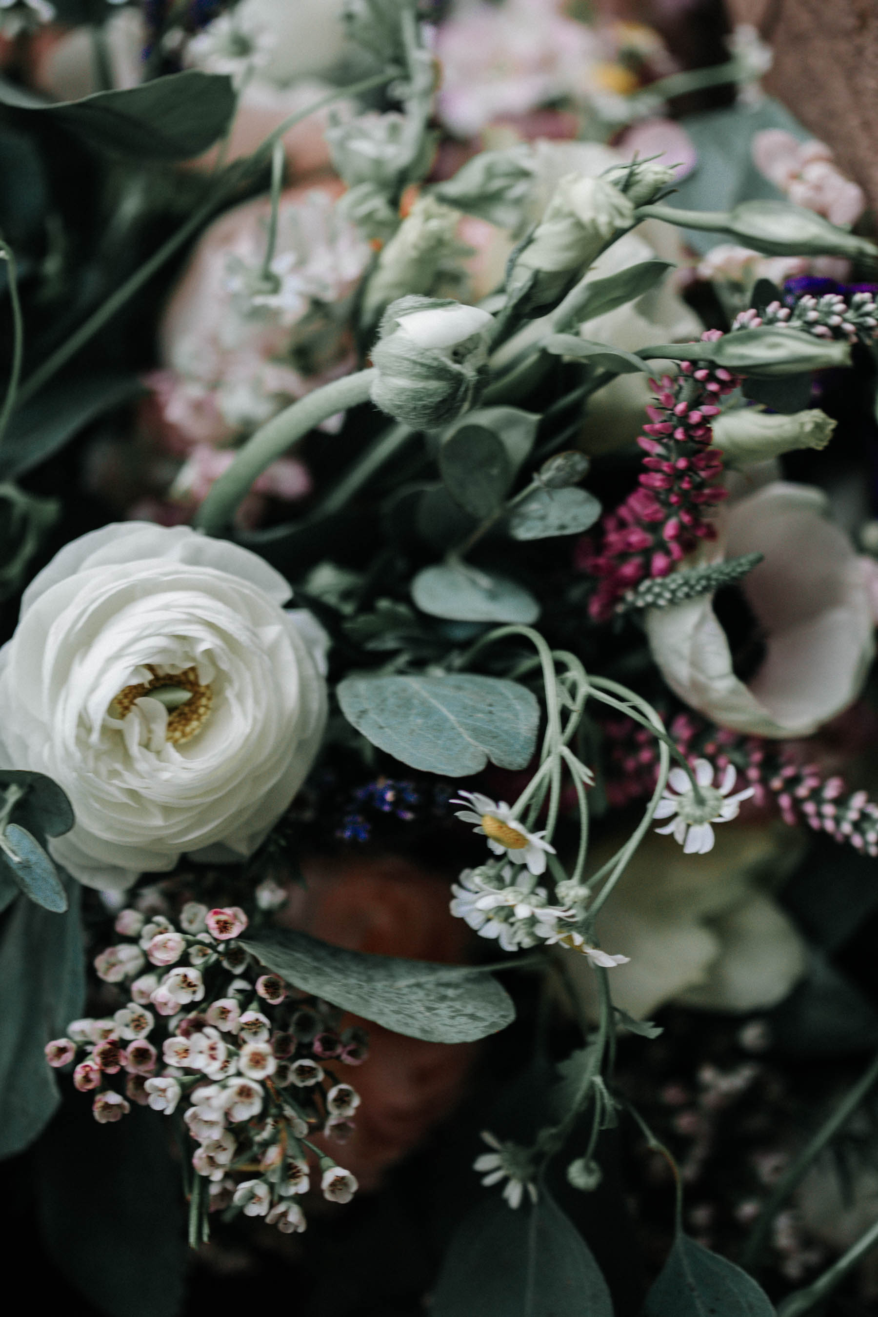 pictures-of-flowers-at-a-wedding.jpg