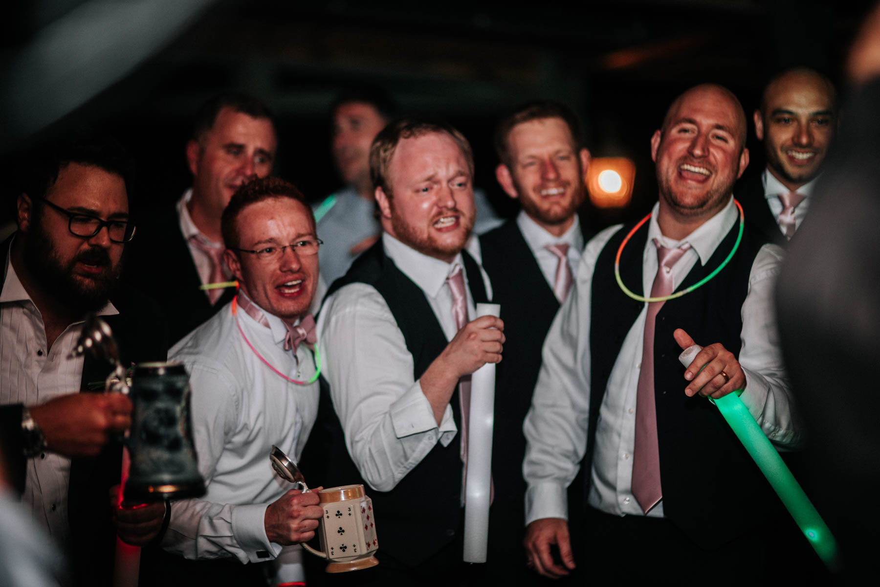casual-wedding-pictures.jpg