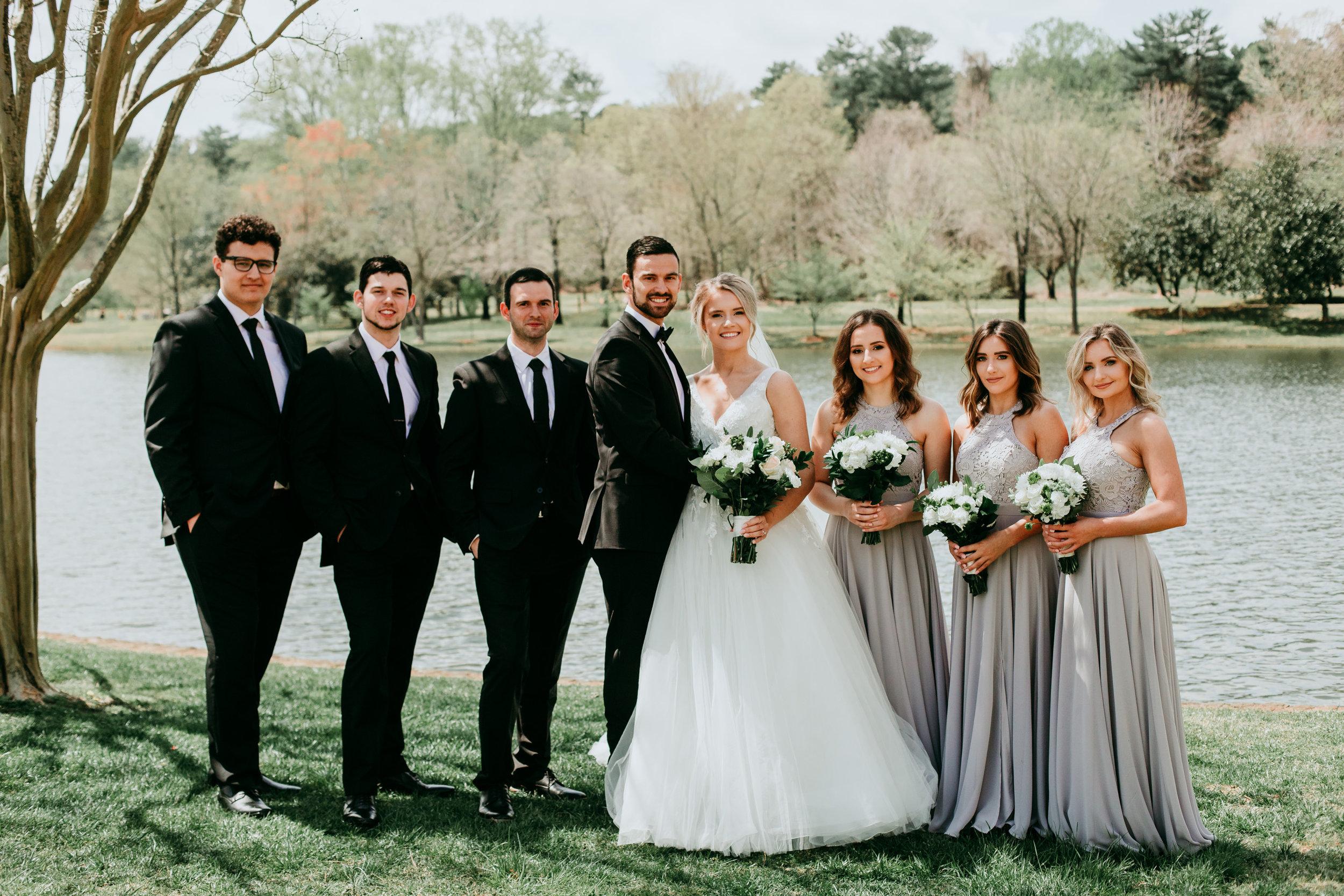 unique-bridal-party-photos.jpg