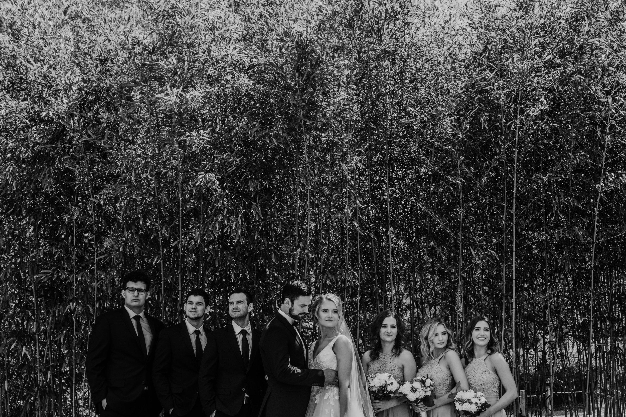 black-and-white-wedding-photos.jpg