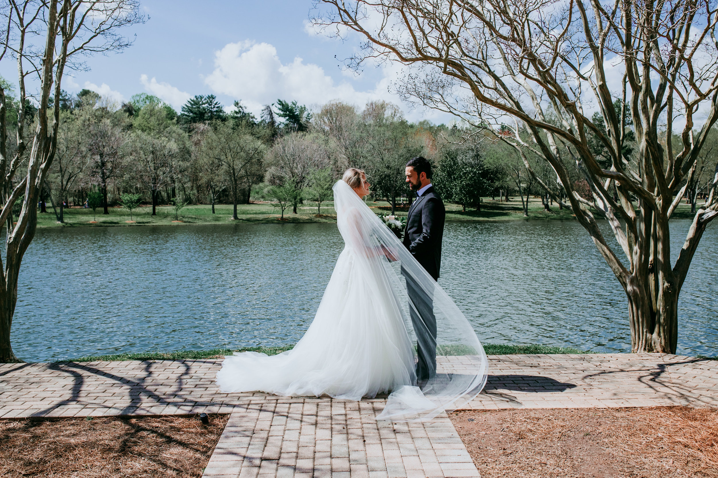 outdoor-wedding-photos-in-sc.jpg