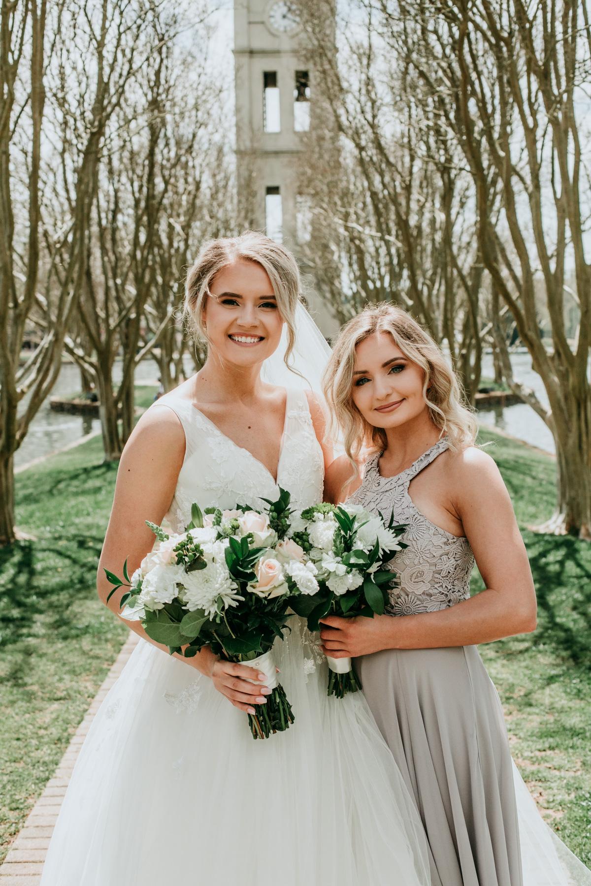 bride-and-bridesmaid-wedding-photos.jpg