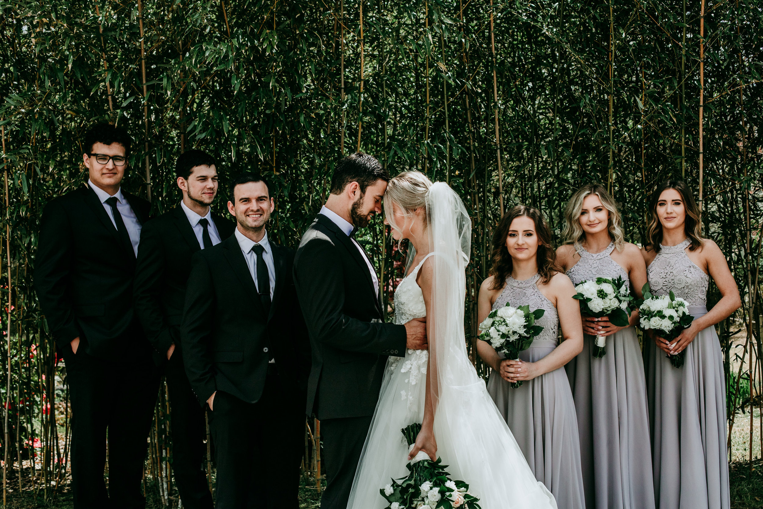 must-have-wedding-photos-for-bride-and-groom.jpg