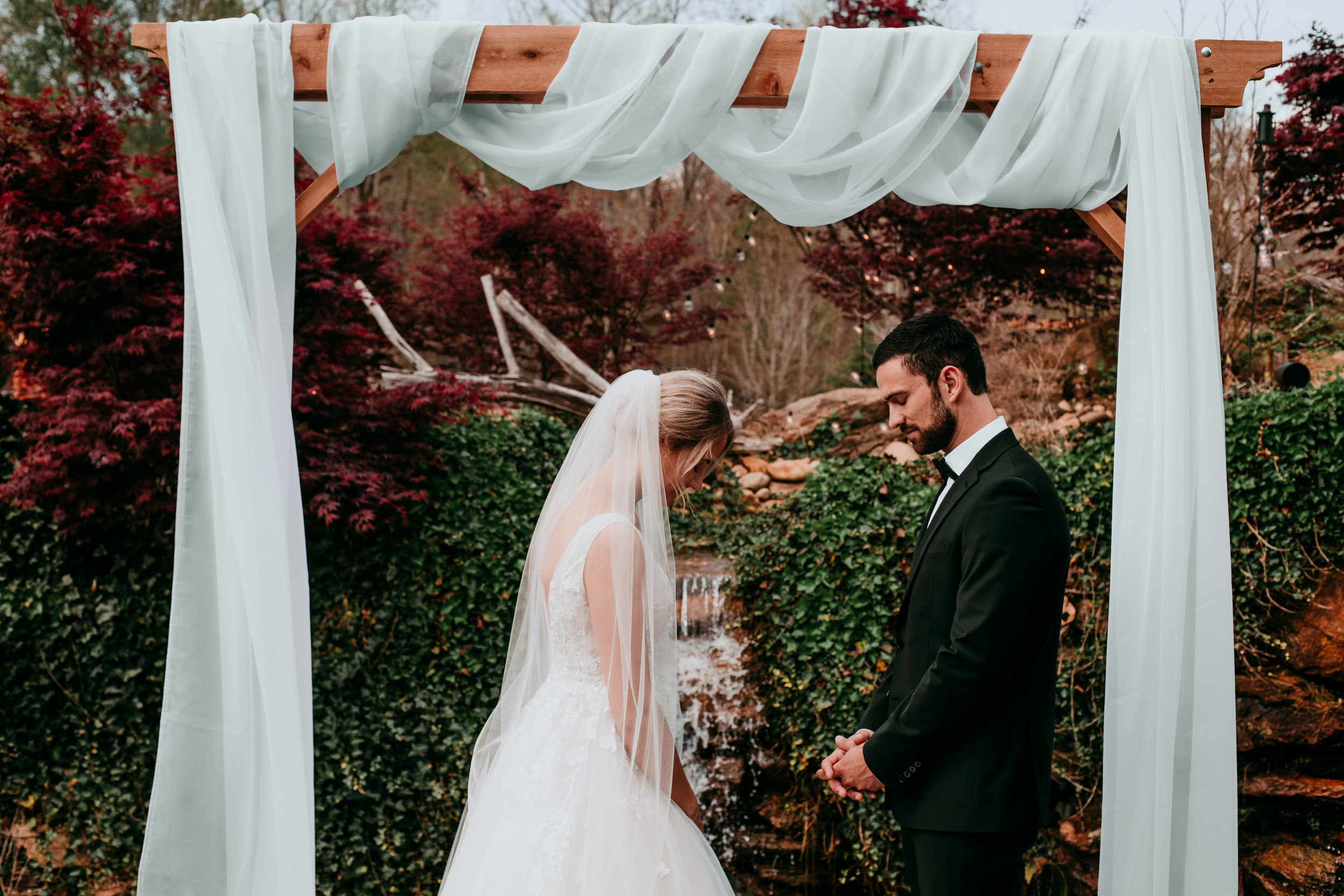 outdoor-wedding-ceremony-locations-near-me.jpg