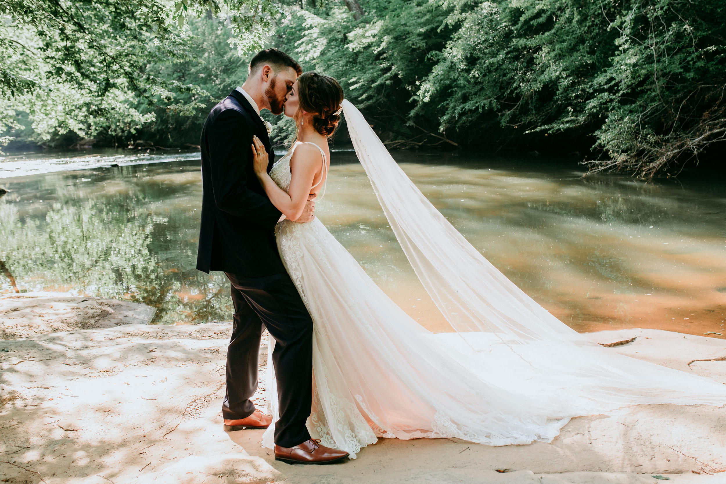 unique-bride-and-groom-photos.jpg