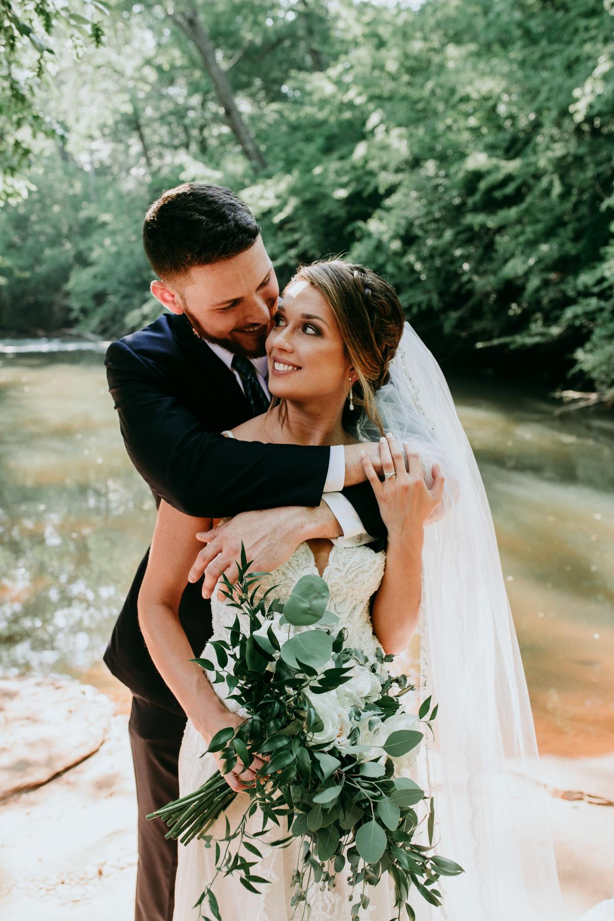 bride-and-groom-first-look-photos.jpg