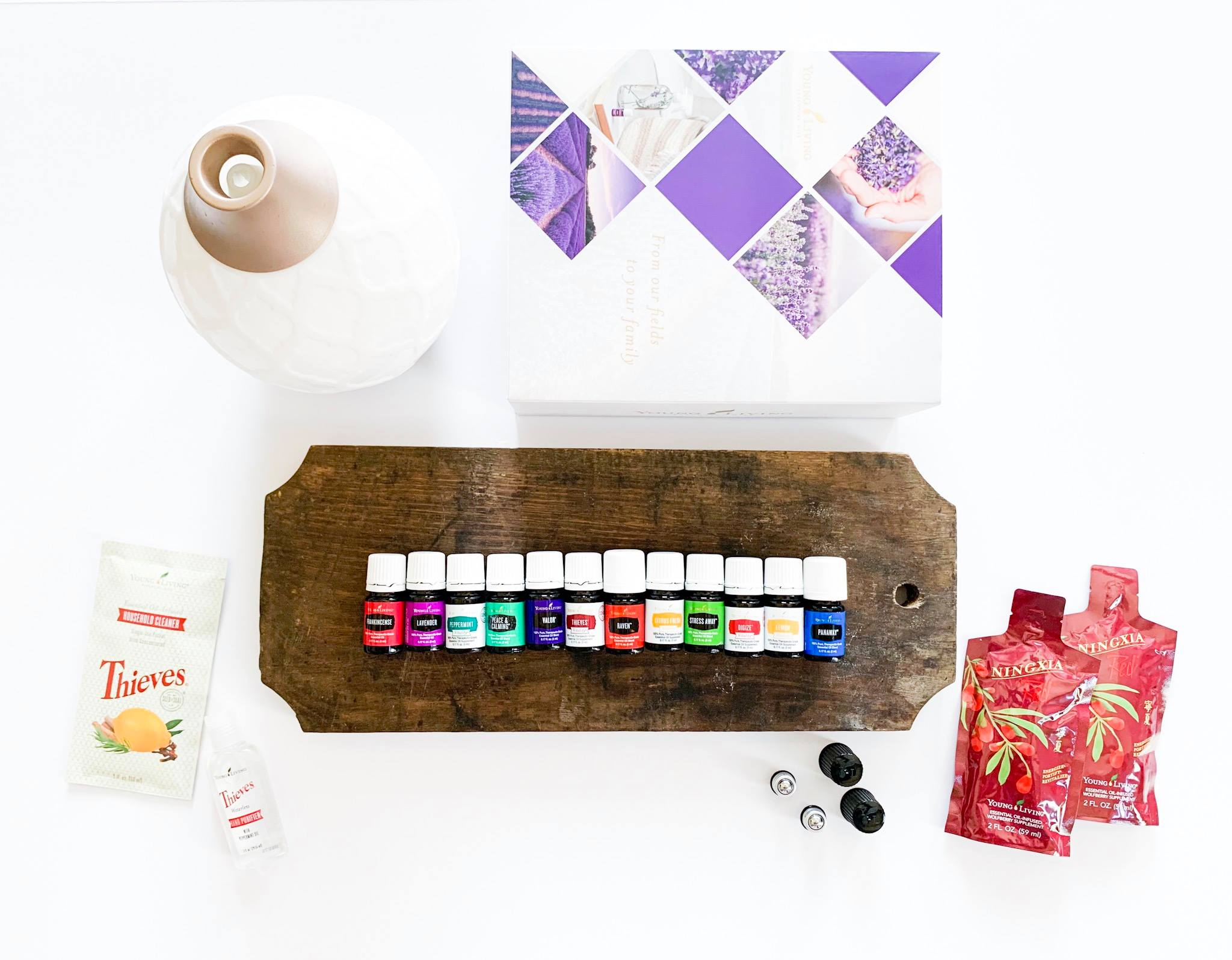 Essential Oils + diffuser - 10 essential oils + 2 BONUS oils, FREE diffuser and …