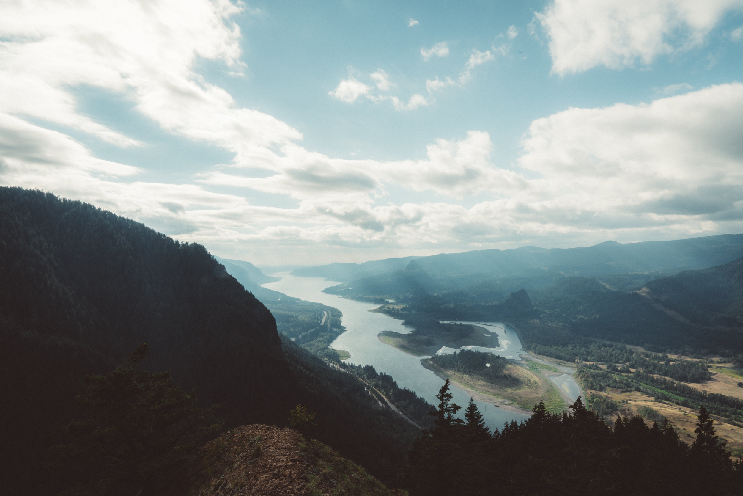 Columbia River from Munra Point.