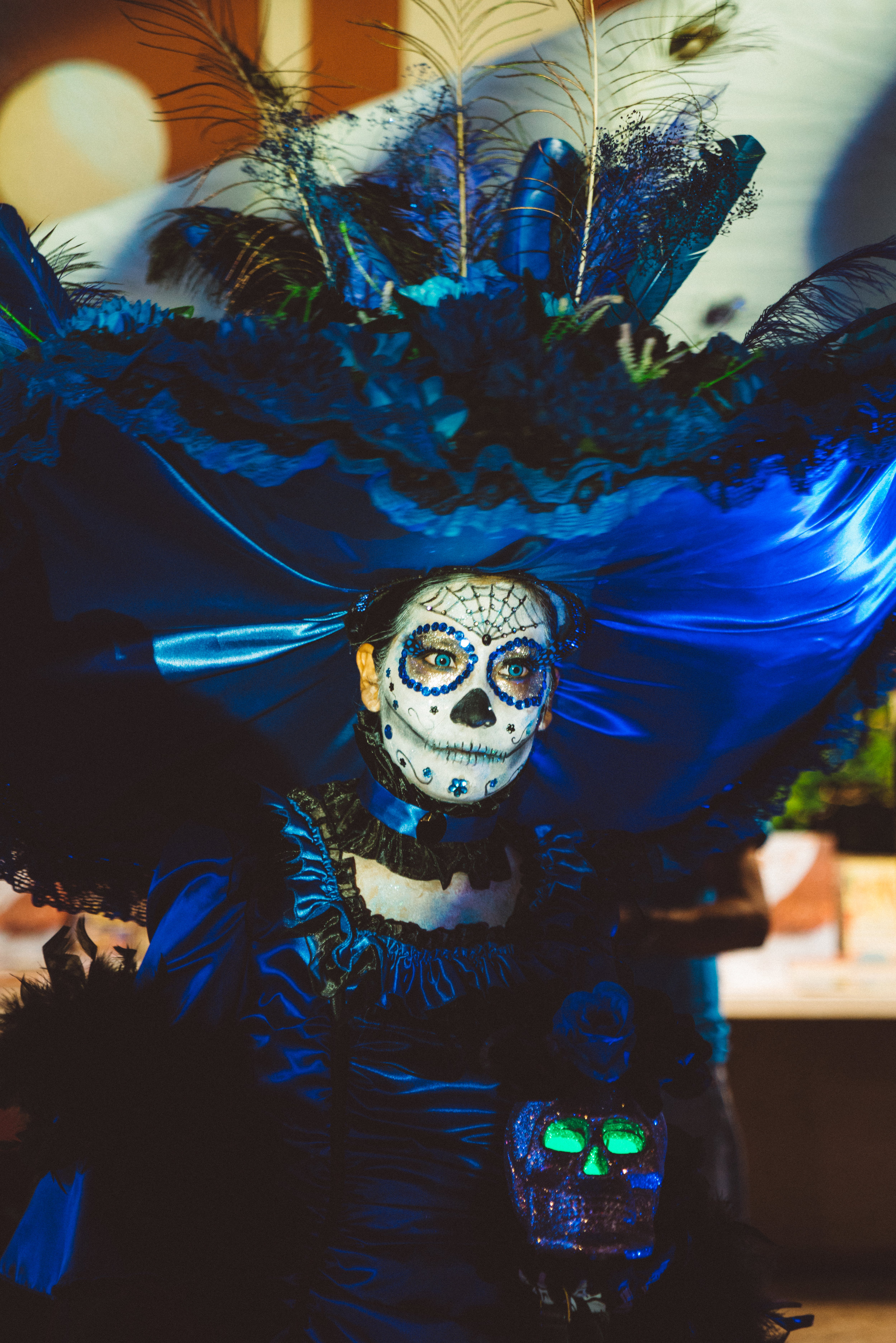There was a best Catrina contest going on that night, and throughout the night the contestants would walk around showing off their costumes. At the end of the night they paraded the stage.