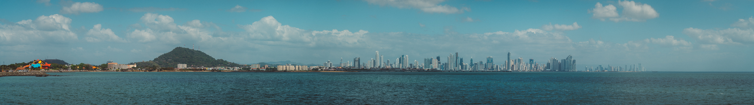 Now for the Panama photos. This is a panorama of Panama City taken from the Amador Causeway. I really wish I'd gone back and taken this photo again during golden hour, but alas this is what I've got. That multicoloured building on the right is the Bio Museum.