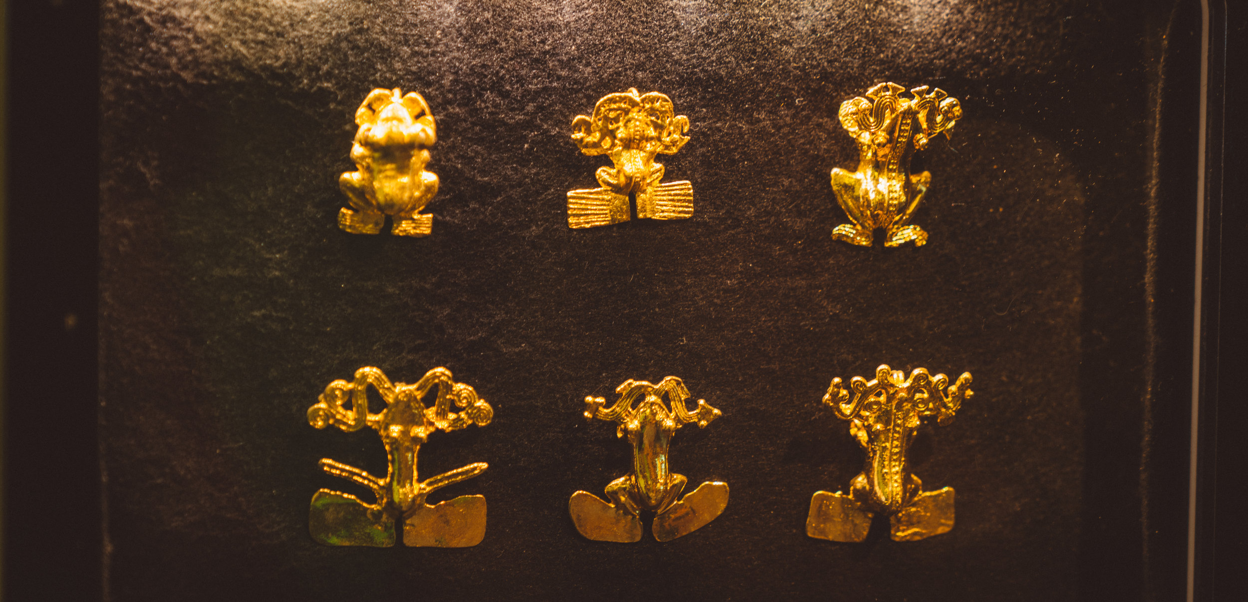 Some gold frog artifacts.