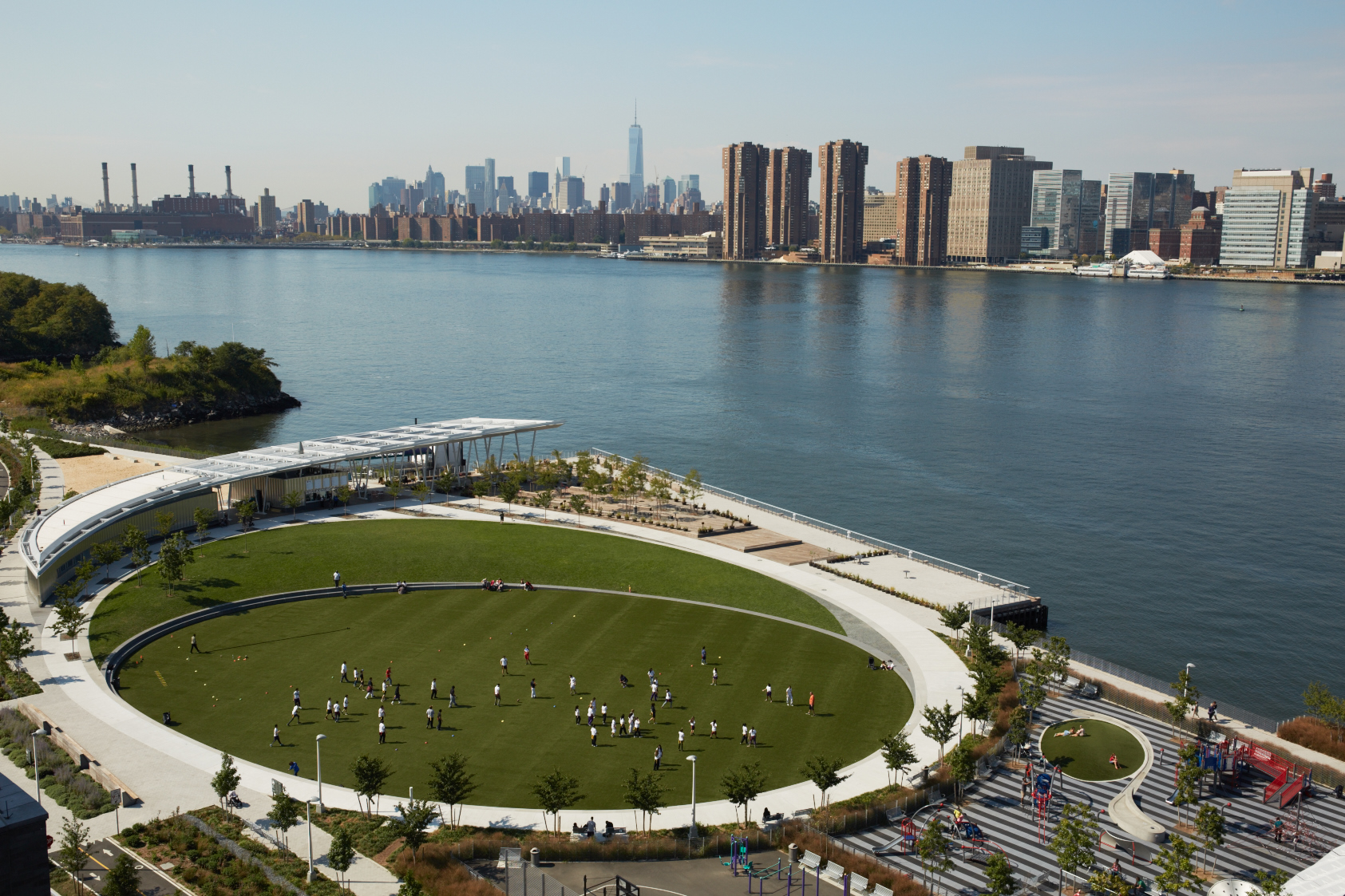 Overhead view of Hunter's Point South Park in Long Island City