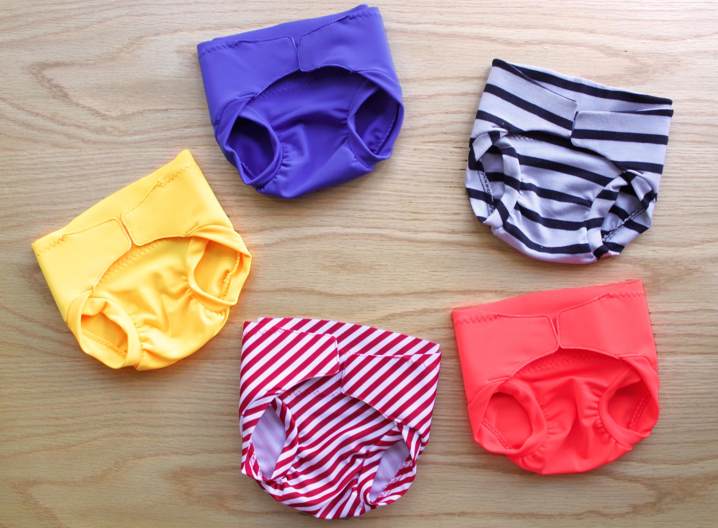 Ma collection de petites culottes juste avant l'ajout des systèmes d'attache.