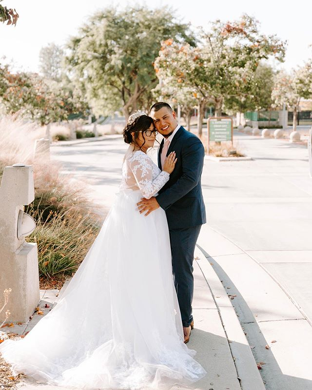 Happy Monday friends! I just thought I'd pop in and share this sweet post from Jessica + Diego's wedding that I shot almost a year ago. Time certainly flies. ✨ • I am so excited to capture even more beautiful love stories next year! I love celebrating love! If you are a 2020 bride, I am so totally thrilled to get to know you and to celebrate along with you. I also still have openings for 2020, so if you are getting married next year send me a DM, I'd love to chat!✨ • I know about everything that goes into wedding planning because guess what? I was there once before. Meeting deadlines, scheduling appointments for fittings and making sure that your bridal party is on the same schedule.  It is a handful, but my only advice for you is to breathe and take everything one step at a time. You are not alone, and trust me it is all worth it at the end. Can't wait to talk. 🎉