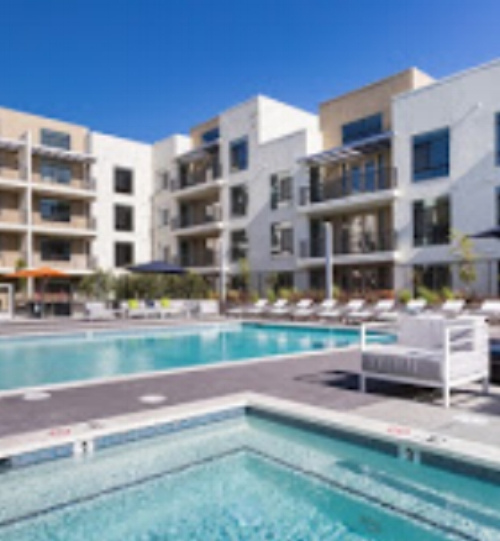 pg-pool-at-apartments-in-campbell.jpg