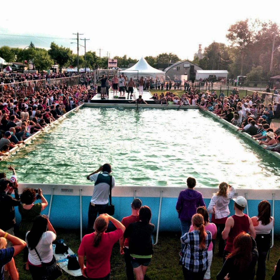 Step Up Productions portable pool set up