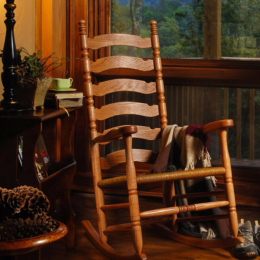 Woody's Chair Shop