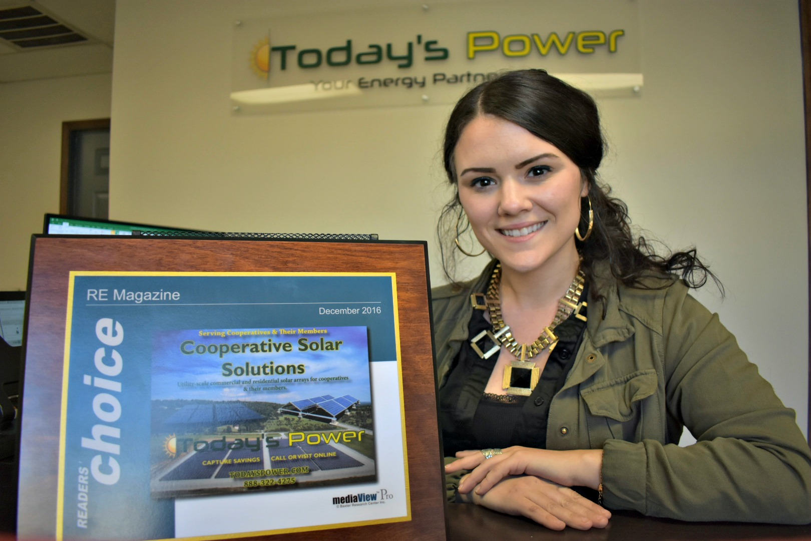Today's Power's WOW Coordinator, Jennah Denney accepts RE Magazine's Readers' Choice Award
