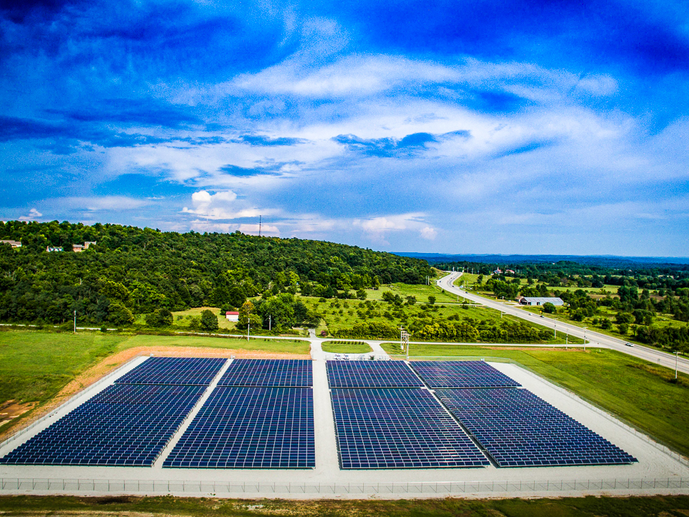 Ozarks Electric Cooperative - 1.6 MW | Fixed-Ground Mounted System