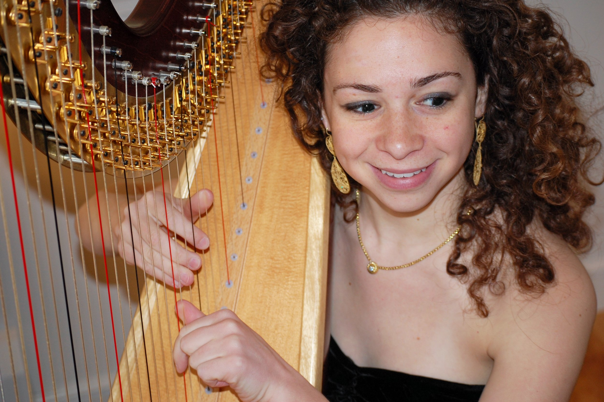 Awesome harpist Maria.jpg