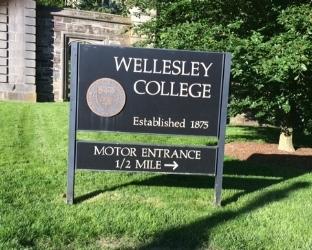 Wellesley College sign
