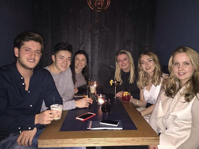 Meal with the fam for @emilyrwilliams_  birthday 🍸
