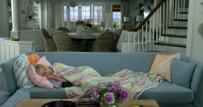 Accurate portrayal of the feeling you get when you've looked at over +10,000 Pinterest images in search of home décor inspiration  Image from Grace and Frankie, beach house from Netflix