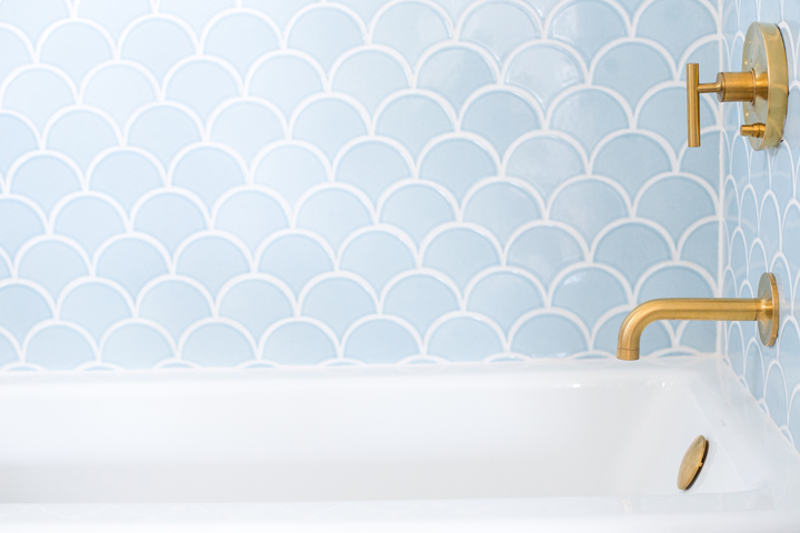 I also love the use of the fish scale tiles in the bar - check out my video for inspiration like this!