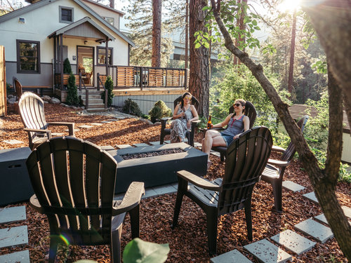 loge leavenworth outdoor space.jpg